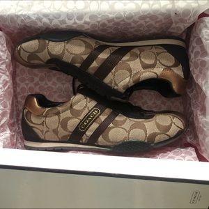 NEW! Coach Signature Katelyn Sneakers